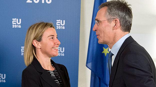 Die Nato und die EU und der Druck zum Schulterschluss