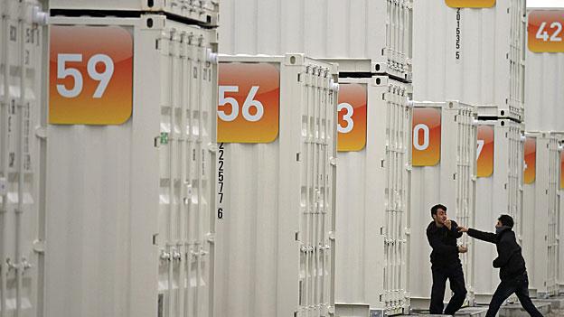 Calais - Containerplätze nur für die Hälfte der Flüchtlinge
