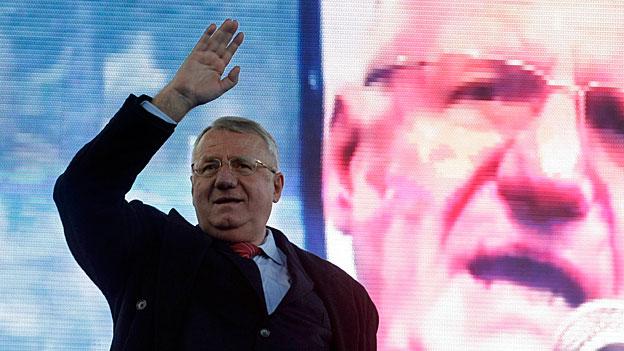 Vojislav Seselj – nach dem Freispruch in den Wahlkampf