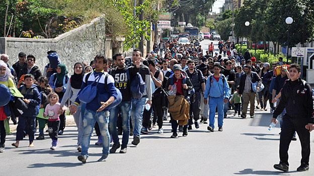 Erste Flüchtlinge werden in die Türkei ausgeschafft