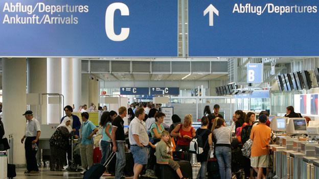 EU-Parlament beschliesst Speicherung von Fluggastdaten