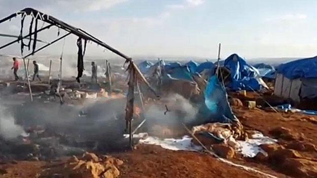Syrien - nach der Bombardierung eines Flüchtlingslagers