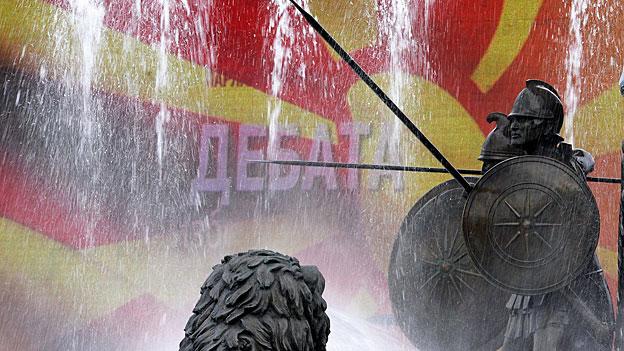 Tief in Korruption verstrickt: Mazedoniens Regierung