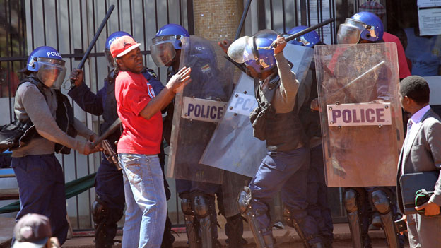 Simbabwe: Demonstrationen gegen Mugabe