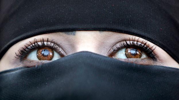 Audio «Verwirrung um Gesichtsschleier-Verbot in Marokko» abspielen.