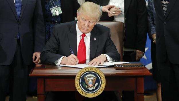 Kritik an Trumps Einreise-Dekret
