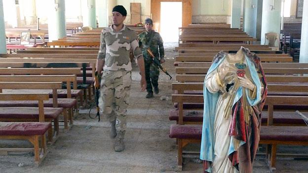 Zerschlagene Kreuze, geschändete Gräber – verfolgte Christen in Irak