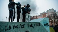 Audio «Unruhen in den Pariser Banlieues» abspielen