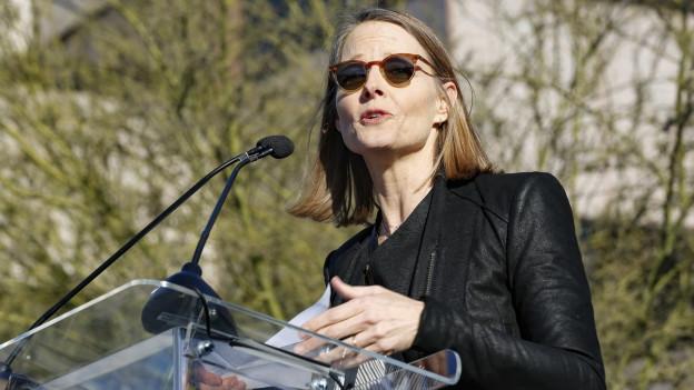 Audio «Hollywood zwischen Politik und Geschäftsinteressen» abspielen