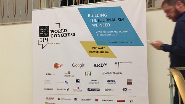 Audio «Medien weltweit in keinem guten Licht» abspielen