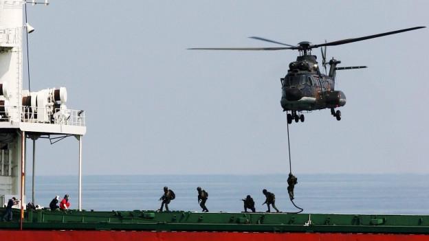 Audio «Schweizer Armee will von Singapur lernen» abspielen.