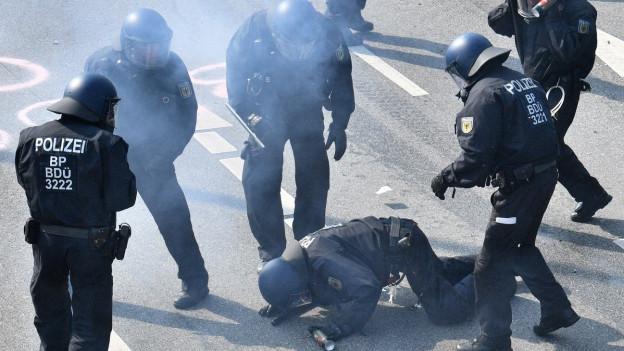 Audio «Gewalt am G20-Gipfel: «Der Hauptfehler war der Austragungsort»» abspielen