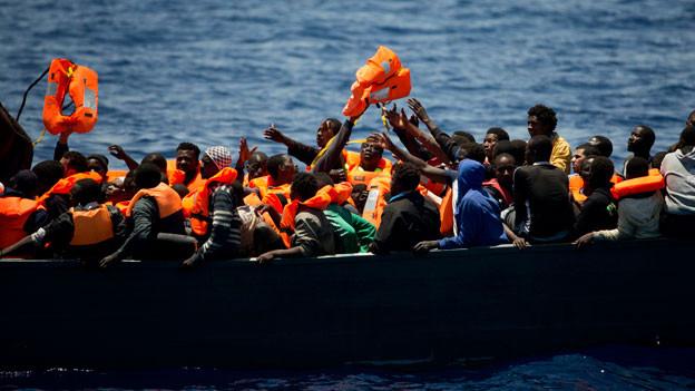 Audio «EU-Einsatz «Sophia» vor libyscher Küste wird fortgesetzt» abspielen