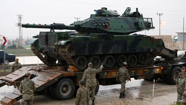 Beginn der türkischen Offensive gegen kurdische Kämpfer
