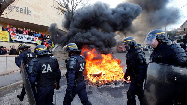 Aufstand von Gefängniswärtern in Frankreich