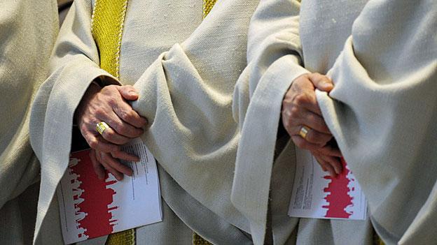 Der Vatikan zitiert drei Schweizer Bischöfe nach Rom