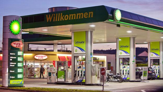 Benzin und Einkauf rund um die Uhr?
