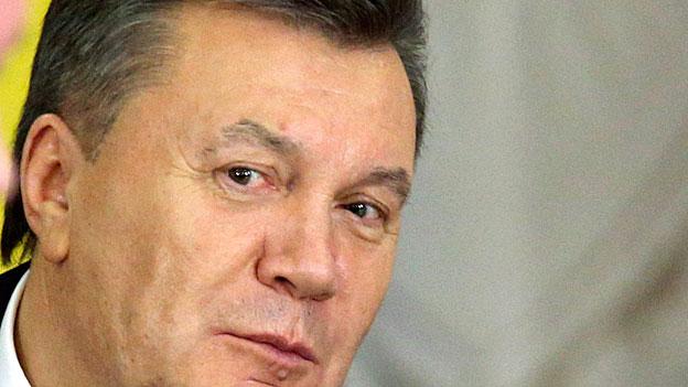 Schweiz sperrt allfällige Janukowitsch-Konten