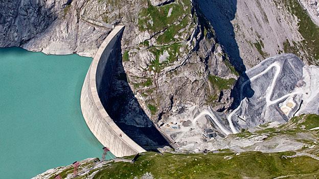 Kontroverse um höhere Wasserzinsen
