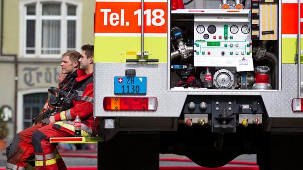 Feuer im Dach wegen Brandschutzvorschriften