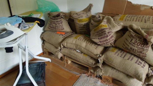 Der leidenschaftliche Kaffeeröster vom Berner Wochenmarkt