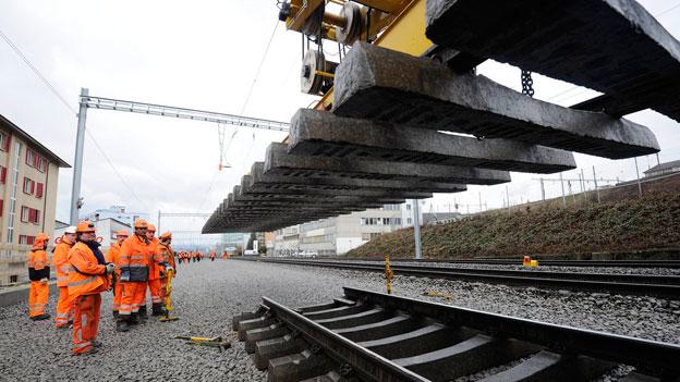 Bauarbeiten fordern Geduld der Zugspassagiere