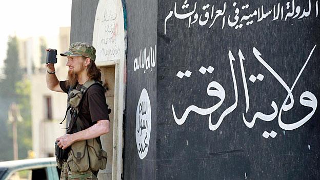 Die Terrororganisation IS verbieten - auch in der Schweiz
