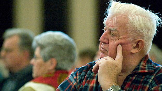 AHV - mit höherer Mehrwertsteuer die Rentenerhöhung finanzieren