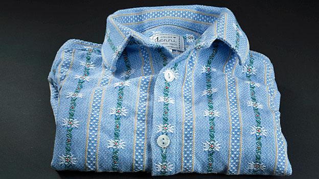 Streit um Edelweiss-Hemden im Schulzimmer