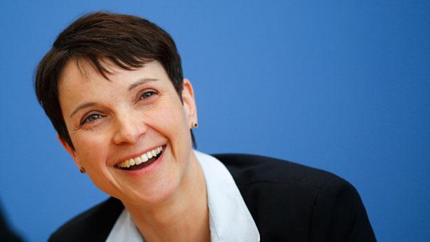 AfD-Chefin Frauke Petry: «Wir sind gegen Gewalt!»