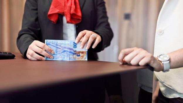 Schweizer Bankkunden sind treu und träge