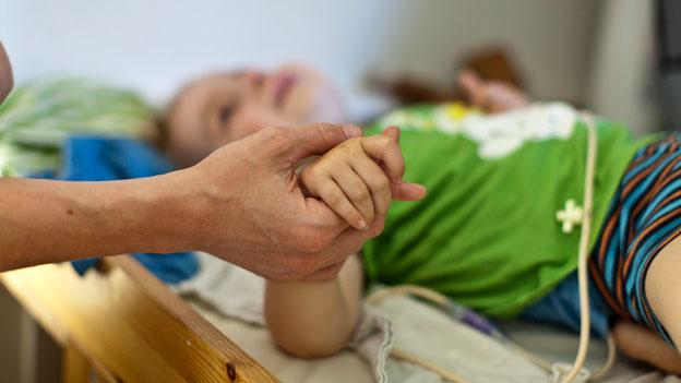 Wer entschädigt Jobpause für die Pflege von Angehörigen?
