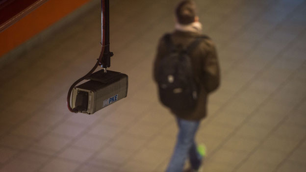 Audio «Höhere Überwachungsgebühren: Staatsanwälte wehren sich» abspielen.