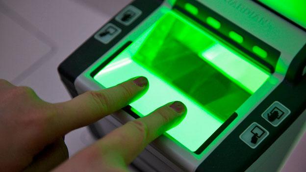 Biometrische Daten gegen irreguläre Migration