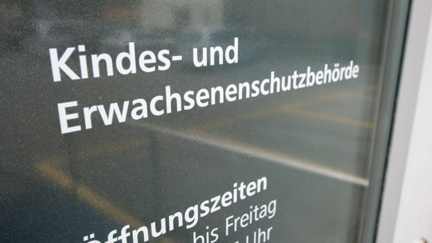 Schwyz: Initiative zur Abschaffung der KESB