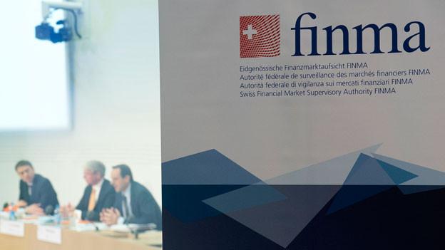 Audio «Finma ermittelt in einem prominenten Fall» abspielen.