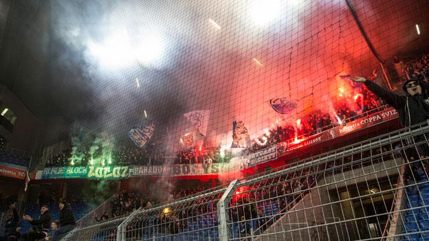 Gewaltexzesse verlagern sich vom Stadion in die Stadt
