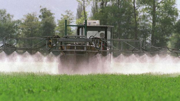 Bundesrat will Flüsse und Seen vor Pestiziden schützen