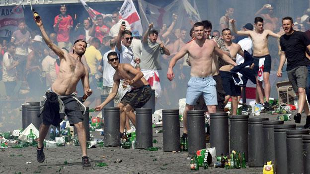 Gewaltbereite Fussballfans: Keine Besserung in Sicht