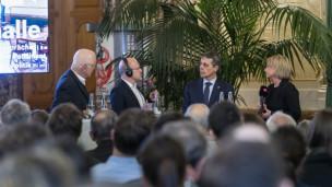 Audio «Wandelhalle wird zur Bühne für politische Gespräche» abspielen.