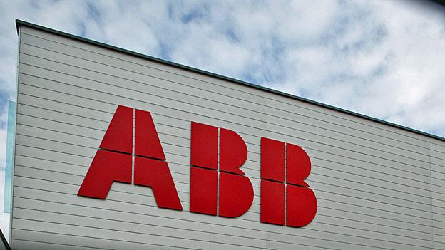 Der Elektro-Konzern ABB schwimmt gegen den Strom