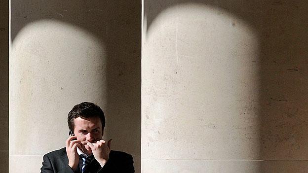 Wenig Lohn und viel Stress für Arbeitnehmende