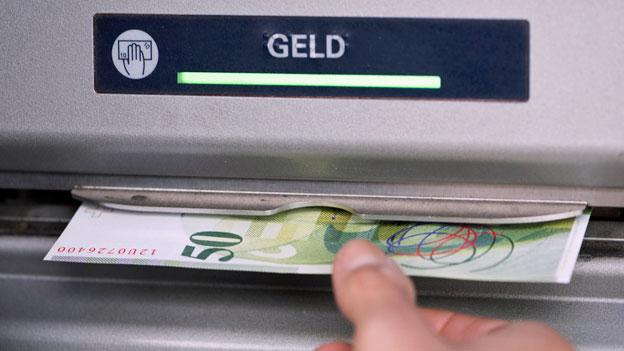 Kommt das Ende der Bankomaten?