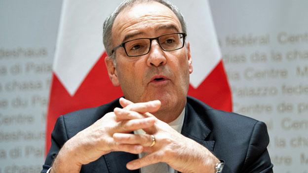 Großbritannien und Schweiz schließen Handelsdeal - Radio China International