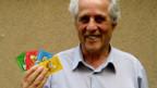 Spielerfinder Louis Waldispühl mit «Mobbolo»-Karten.