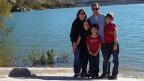 Samuel Ruch mit seiner Familie.