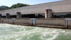 Das Wasserkraftwerk Bannwil wurde 1966 – 1970 erbaut.