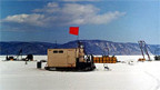 Das Neutrino-Teleskop im Baikalsee befindet sich in 1200m Tiefe