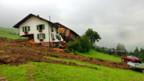 Der Pflug als Übel? Zerstörtes Bauernhaus in Schüpfheim.