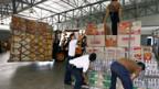 In Burma sind die ersten Hilfsleistungen eingetroffen.